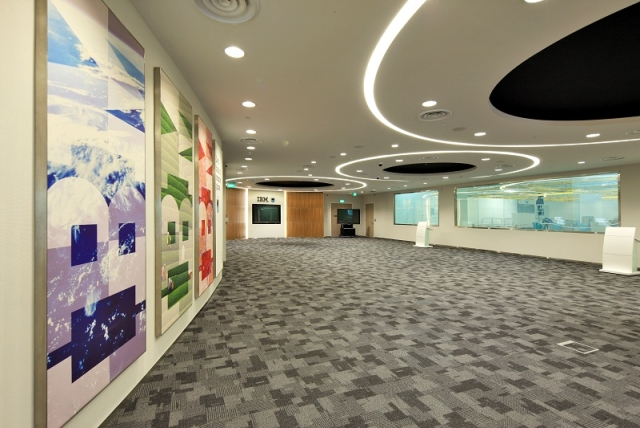 systems_services_briefingcenter_singapore_2_640x428